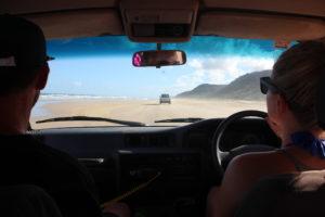 Fikk prøvd oss på å kjøre 4WD på sanden - sykt gøy!!